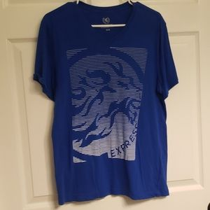 Express Men's graphic Tee w/Lion
